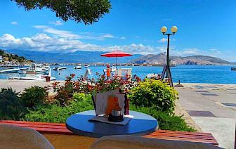 Nikad jeftinije ljetovanje na Jadranu : noćenje , prvi red do mora, za samo 10 eura!