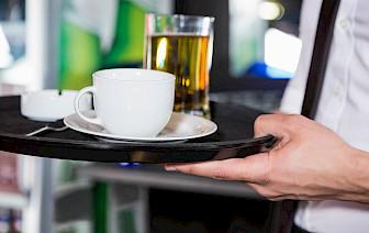 Ovih 12 znakova otkrivaju lošeg konobara