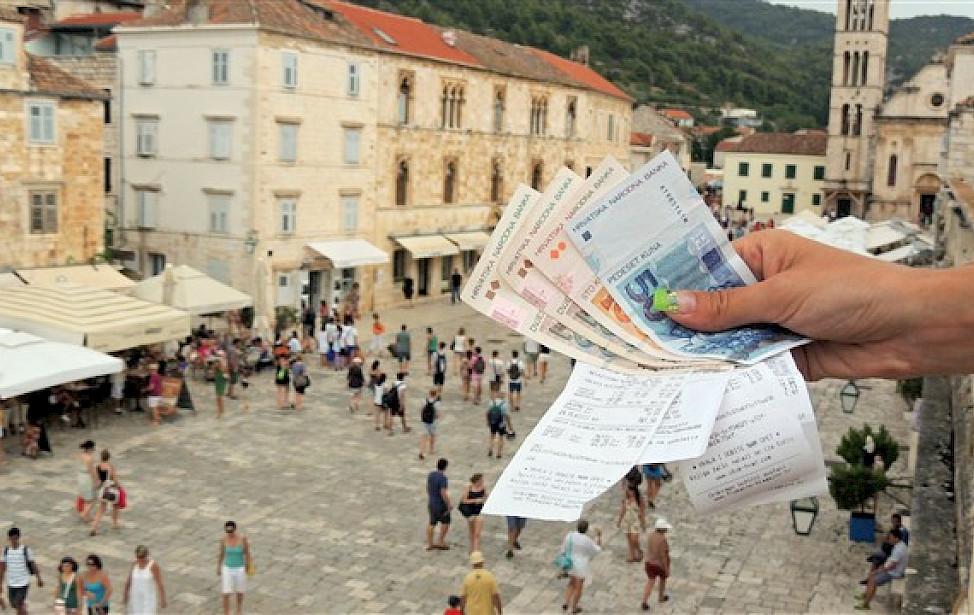 HTZ: U 11 mjeseci 16,6 milijuna turista i 90,7 milijuna noćenja