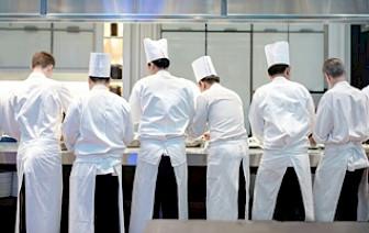 Na Kvarneru nemoguće naći konobara i kuhara: 'Ne možemo parirati plaćama u inozemstvu'